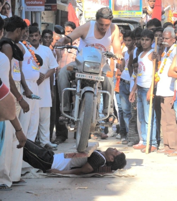 Man on motorcycle Jodhpur festival