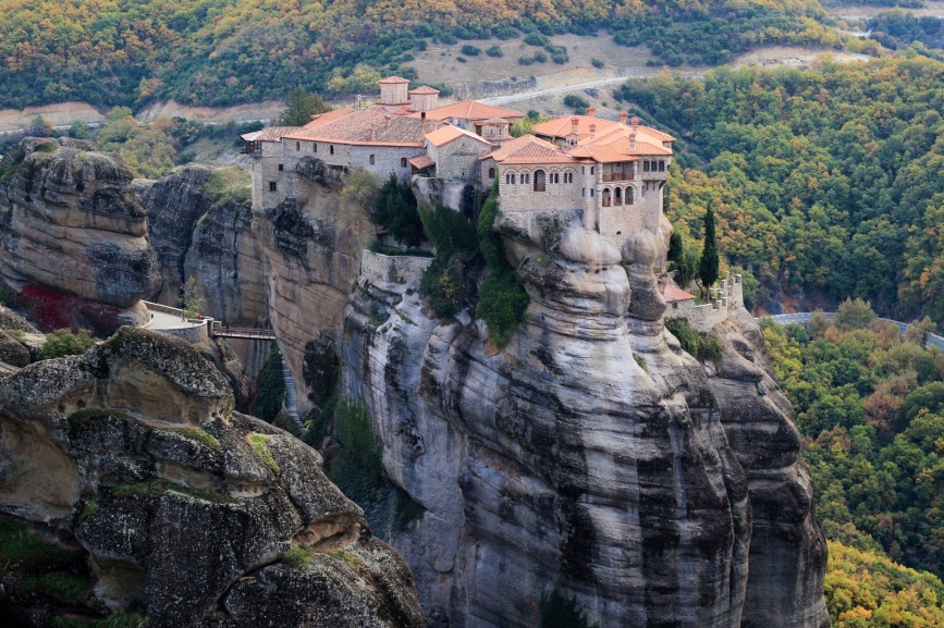 Varlaam Monastery as seen from the Great Meteora Monastary.