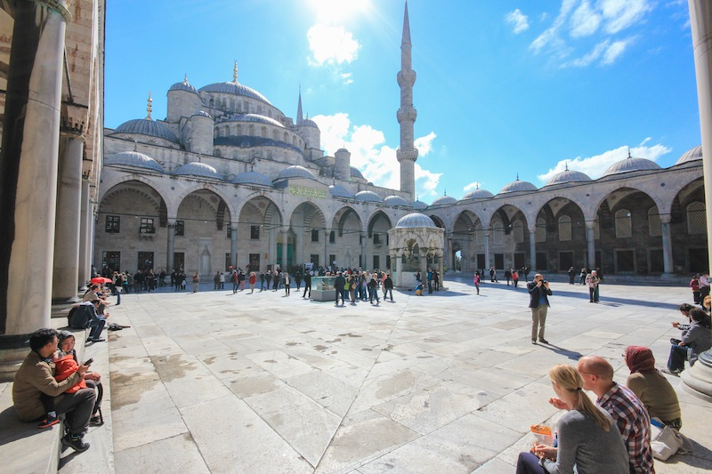 Blue Mosque Tourists