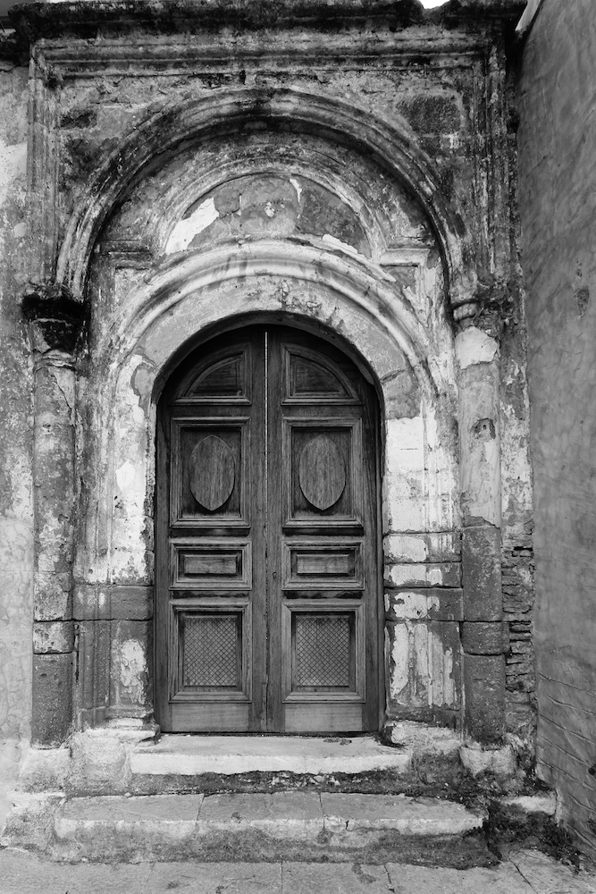 Symi Door Black and White