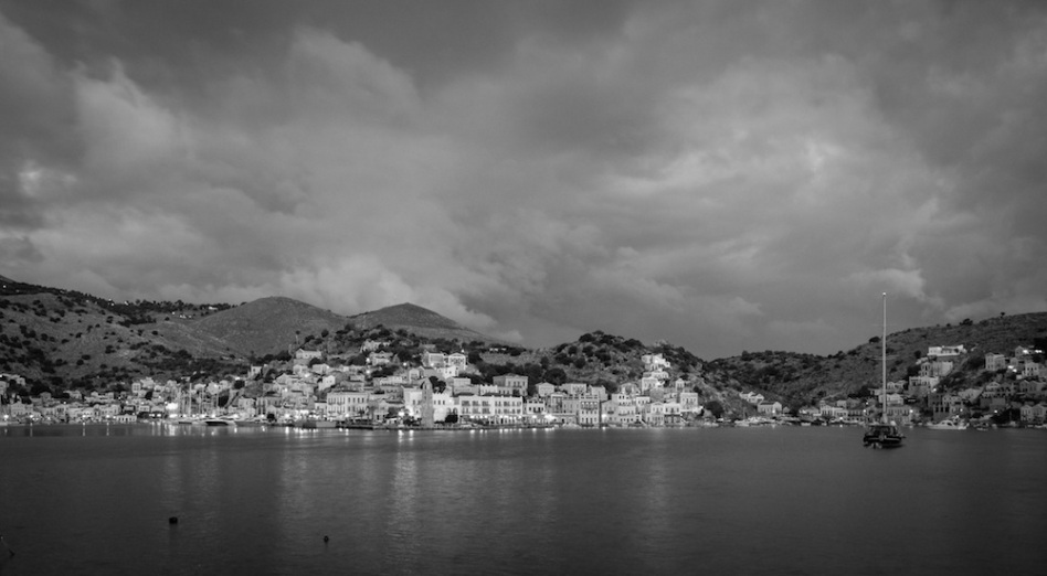 Symi Sunrise black white