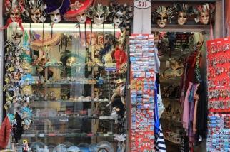 Tourists need to buy tourist crap