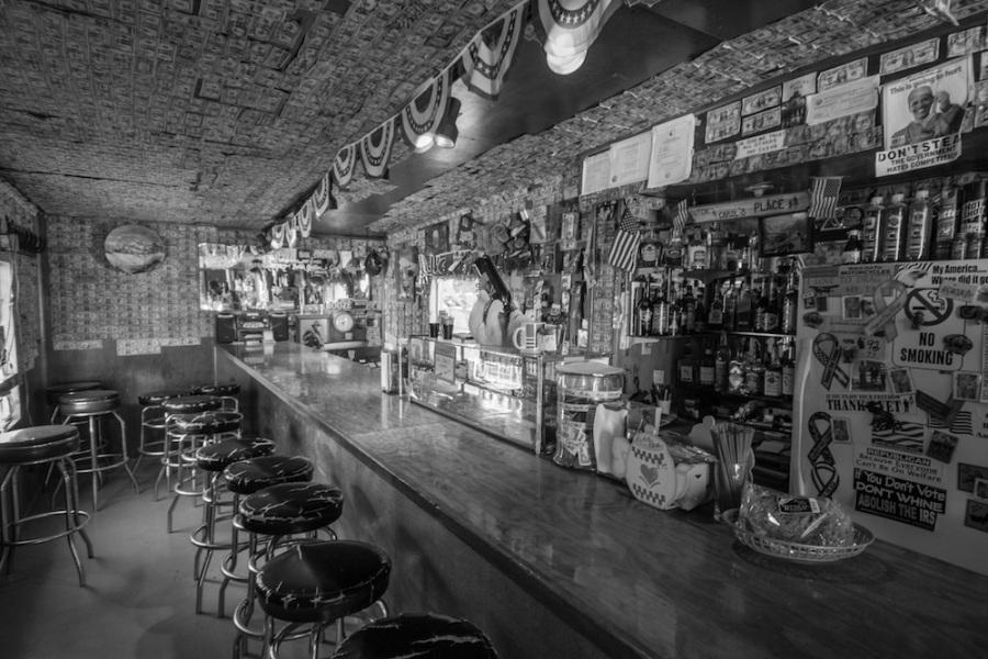 Bar at Gracious House lodge