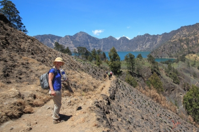 Trekking to Rinjani Lake