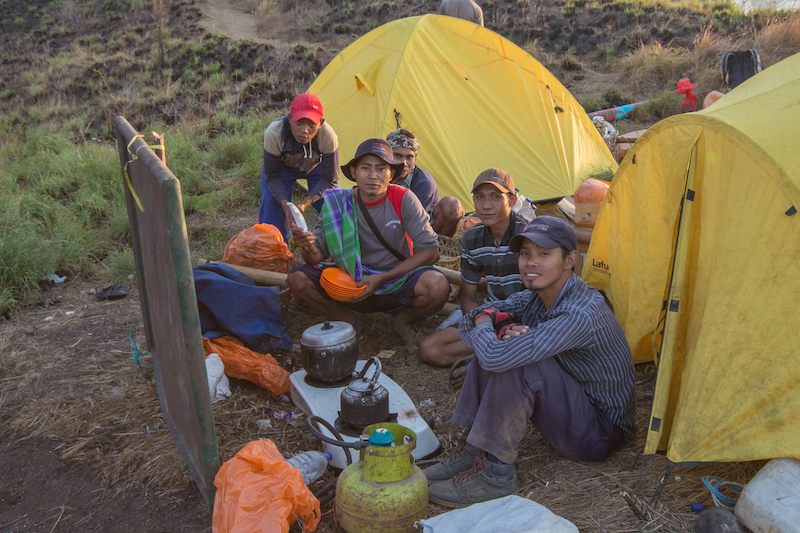 Rinjani Porters making dinner