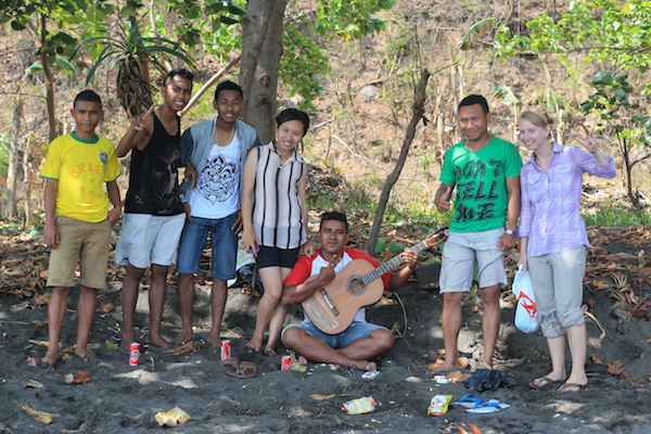 Flores Beach locals