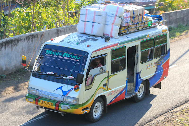 Mini bus on the trans-flore highway