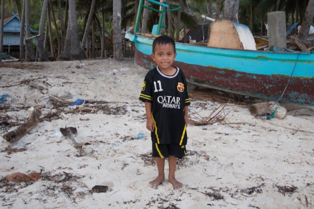 Little boy on Bira Beach