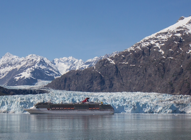 Marjorie Glacier, with cruise ship for perspective.
