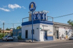 La Paz liquor store
