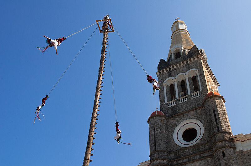 Cuetzalan, Voladores