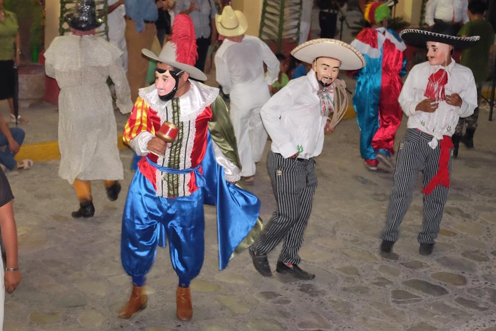 Zozocolco day of the dead dancers2