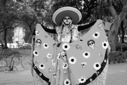 Mexico City street performer