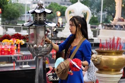 erawan shrine girl