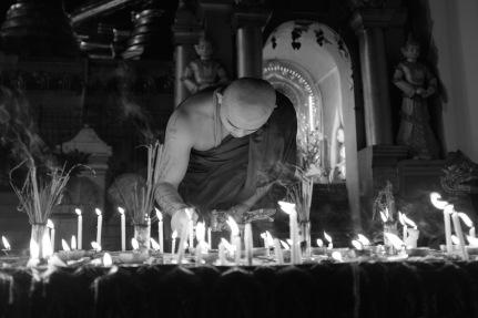 Shwedagon black white