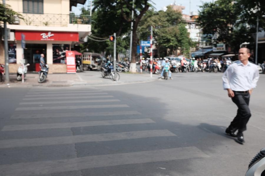 drunk Hanoi street photo