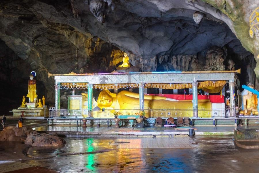 Reclining Buddha in Saddar Cave.