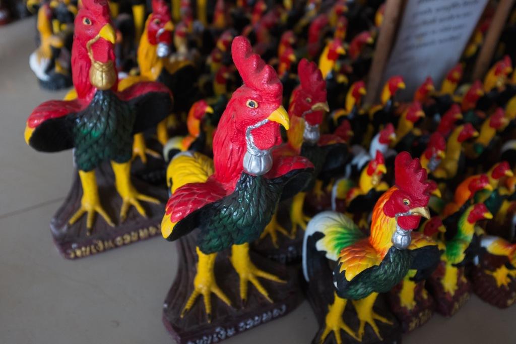 Roosters at Wat in Bangkok