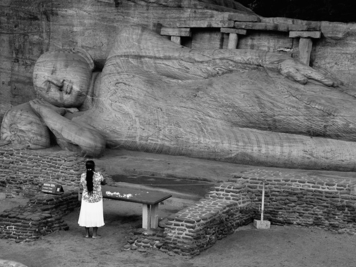 Sri Lanka Buddha Black White2