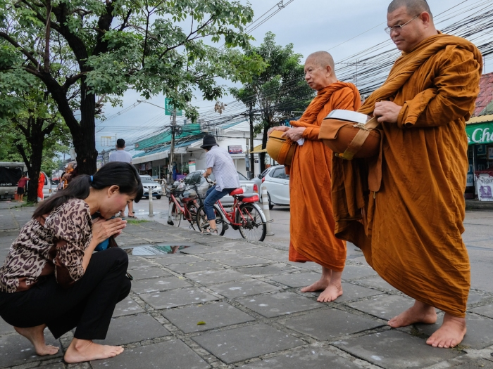 Alms collecting in Sammakorn Bangkok