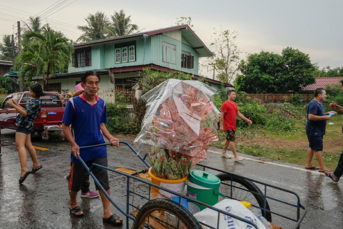 Songkran water fight money tree