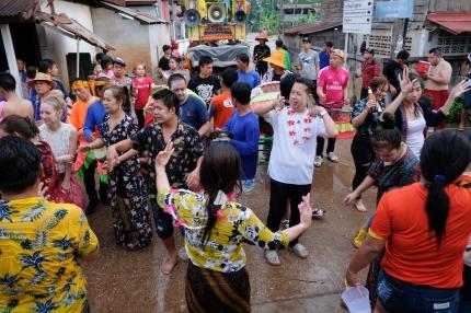 Songkran Baan Du Laat Isaan