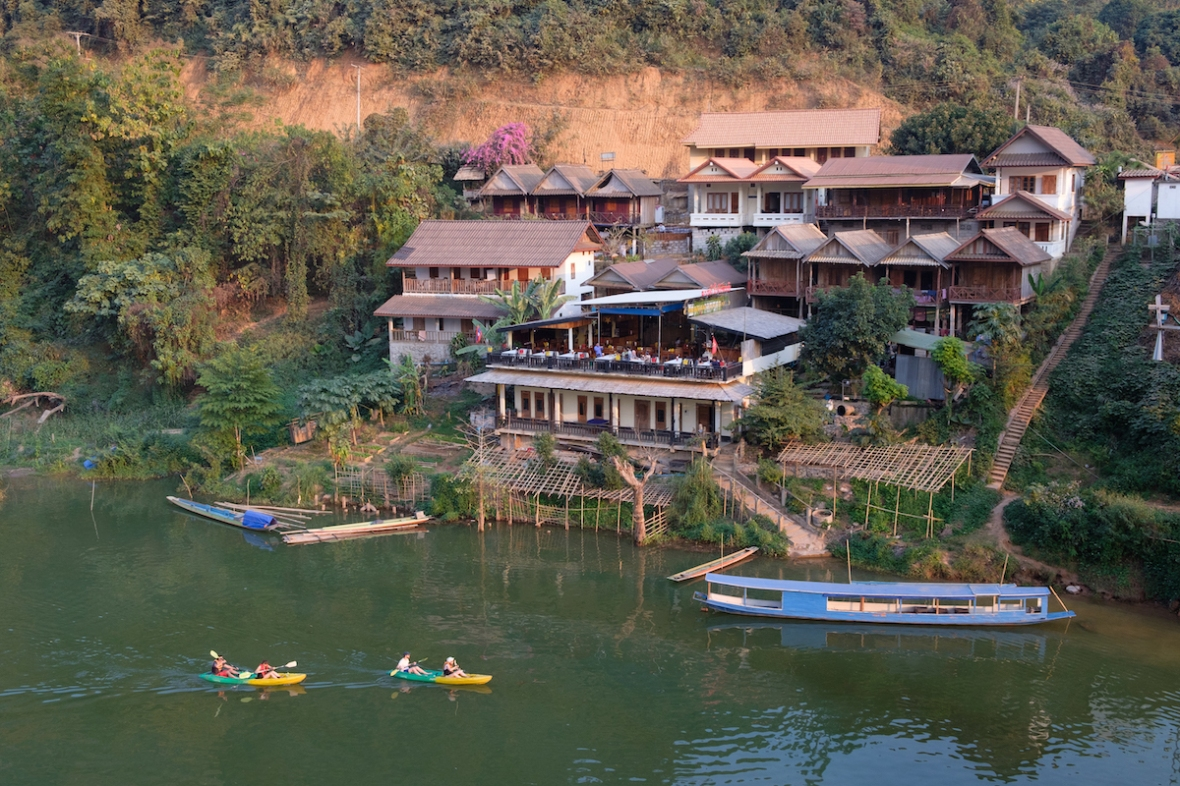 Nong Khiaw kayakers